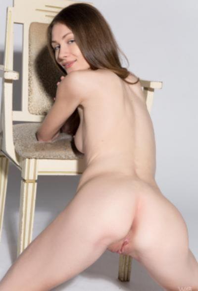 Студентка проходит кастинг на роль порномодели